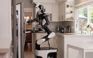 ساخت ربات خدمتکار خانه